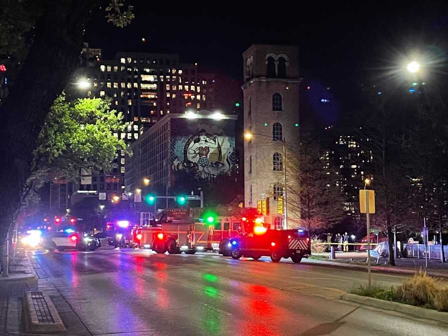 Fire from homeless camp spreads to historic Buford Tower in downtown Austin (KXAN/Tim Holcomb)
