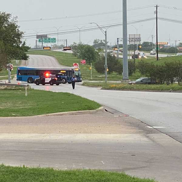 Access to Cameron Road from US 290 isn't available as police investigate the area following a shooting that wounded an APD officer and the suspect Friday morning. (KXAN photo/Nabil Remadna)
