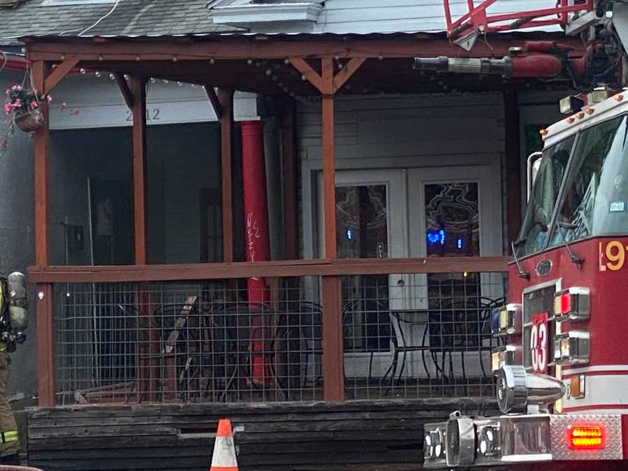 The Halal Bros. restaurant on Guadalupe Street caught fire Friday. (KXAN photo/Todd Bynum)