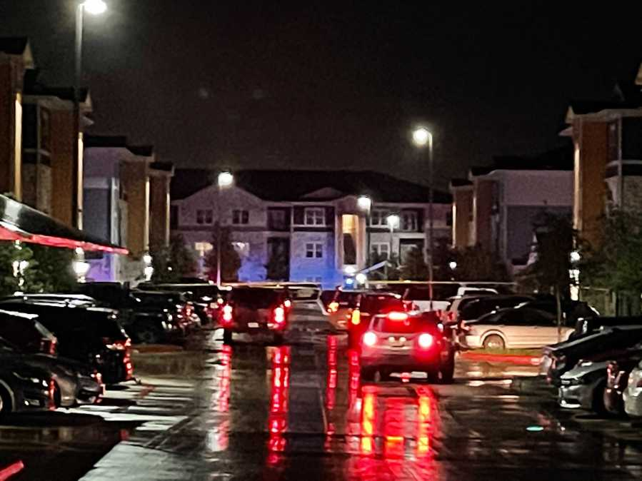Homicide investigation at the Goodnight Commons Apartments off East Slaughter Lane in southeast Austin April 29, 2021 (KXAN Photo/Tim Holcomb)
