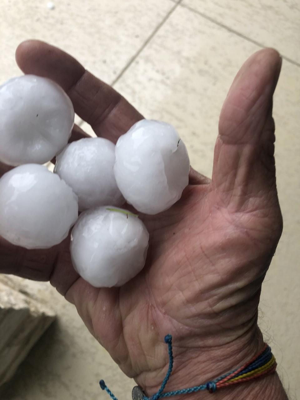 Hail in Leander April 15, 2021 - Mike Dickey