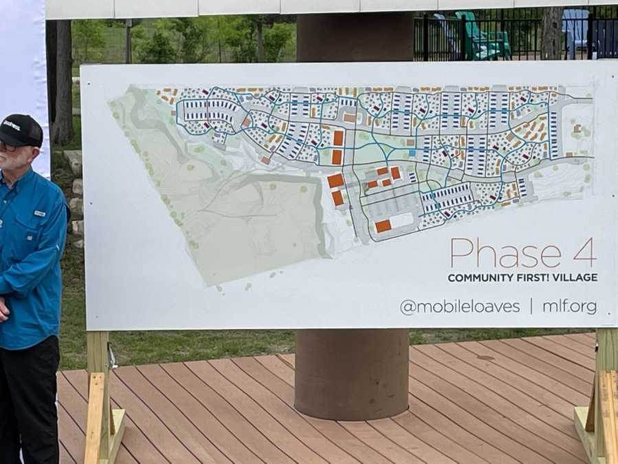 Mobile Loaves & Fishes and Austin-Travis County Executives Announce Community First Expansion!  Village April 2021 (KXAN / Tim Holcomb)