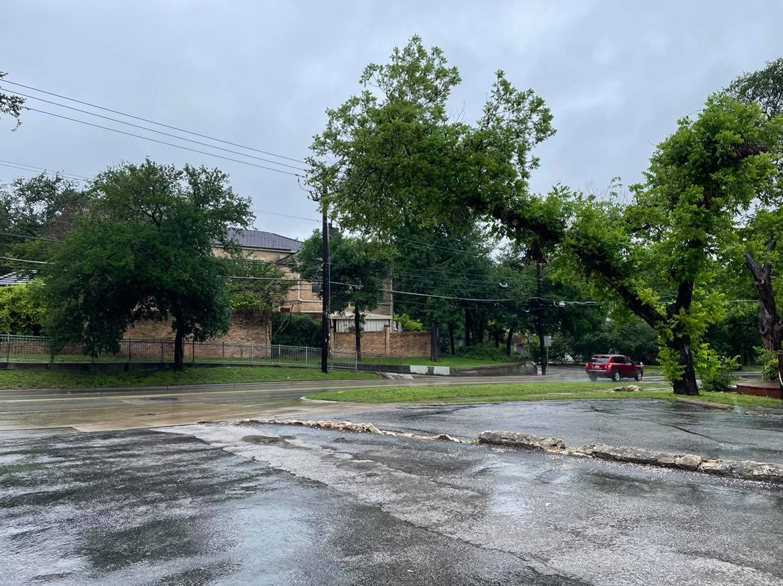 Heavy rains moved through Austin and Central Texas Saturday, May 1, 2021 (KXAN Photo/Jaclyn Ramkissoon)