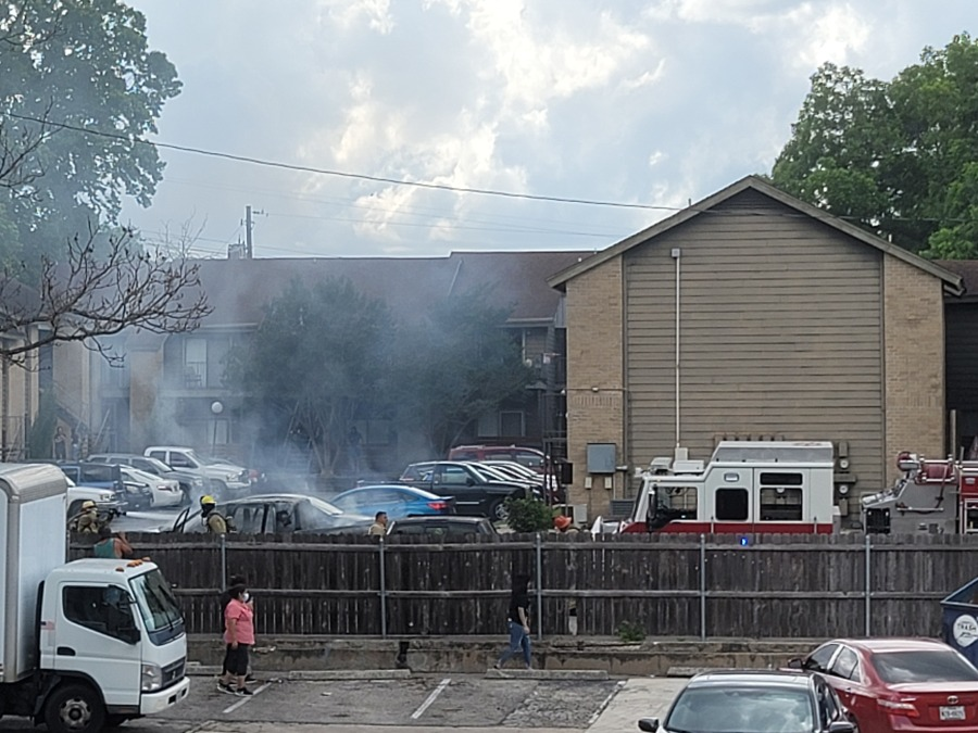 First responders report to scene of vehicle fire in south Austin off West Stassney Lane