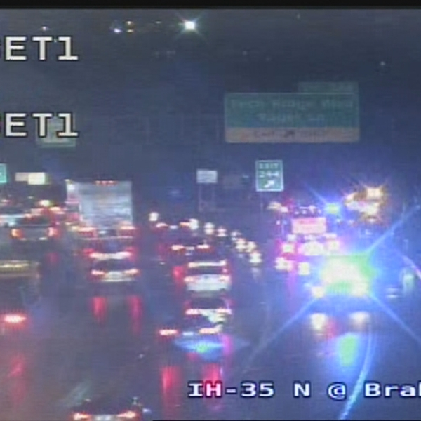 Fatal crash shuts down traffic on I-35 northbound frontage road at Braker Lane (TxDOT Photo)
