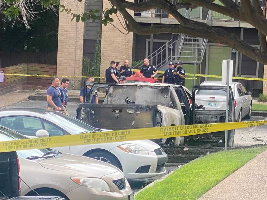 First responders report to scene of vehicle fire in south Austin off West Stassney Lane (KXAN Photo/Tim Bynum)