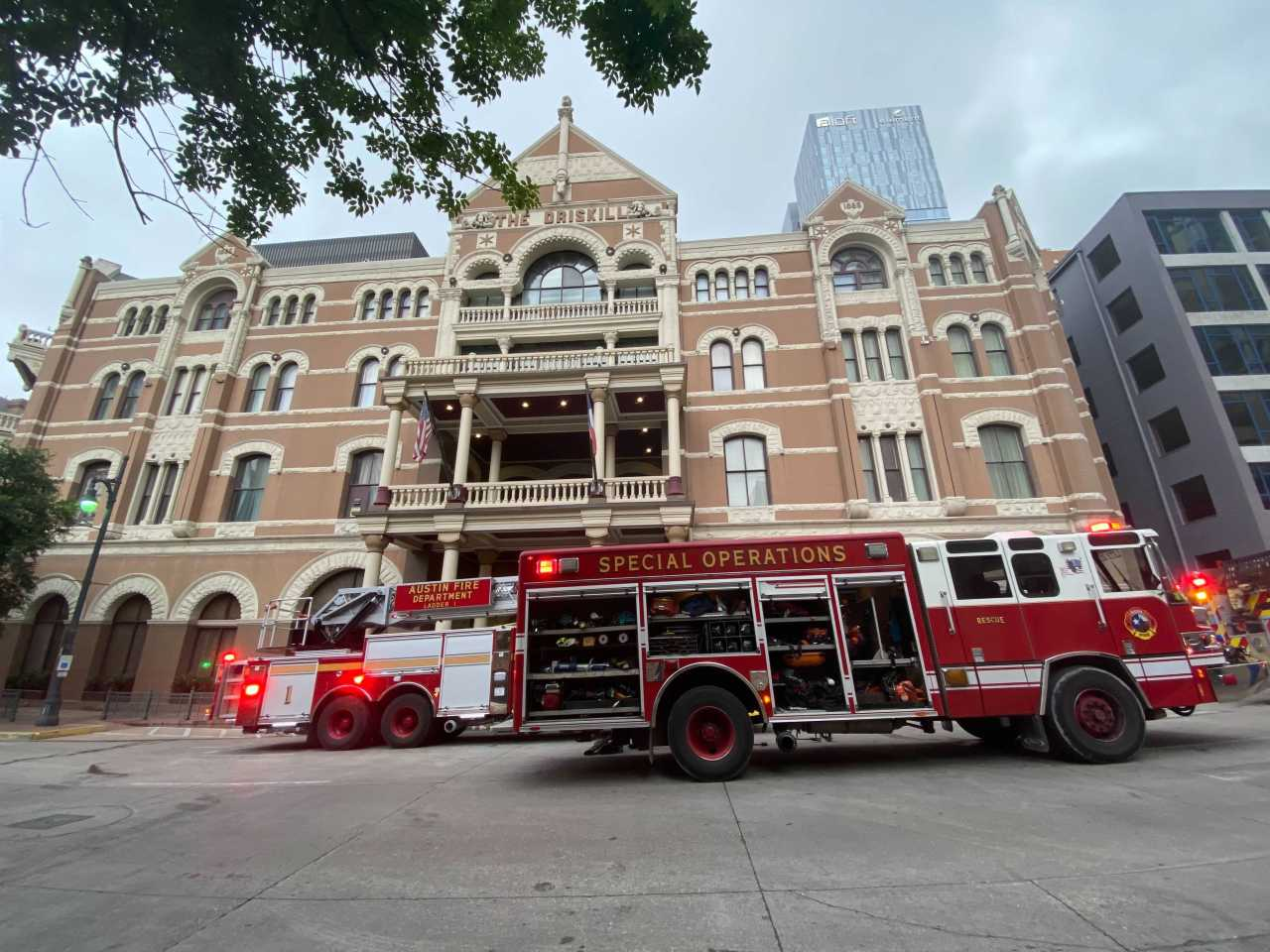 Man set fire in Austin Driskill Hotel room before flying to Houston, AFD says