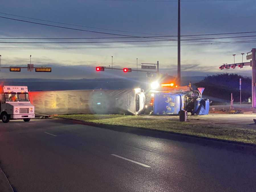 A crash involving an 18-wheeler has shut down Hesters Crossing Road in Round Rock on Thursday morning. (KXAN photo/Nabil Remadna)