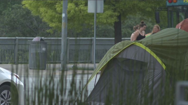 Tents pop up around Austin City Hall ahead of camping ban taking effect
