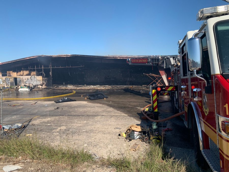 Warehouse fire at I-35 and Blackson Avenue in north Austin May 6, 2021 (COURTESY: Austin Fire Department)