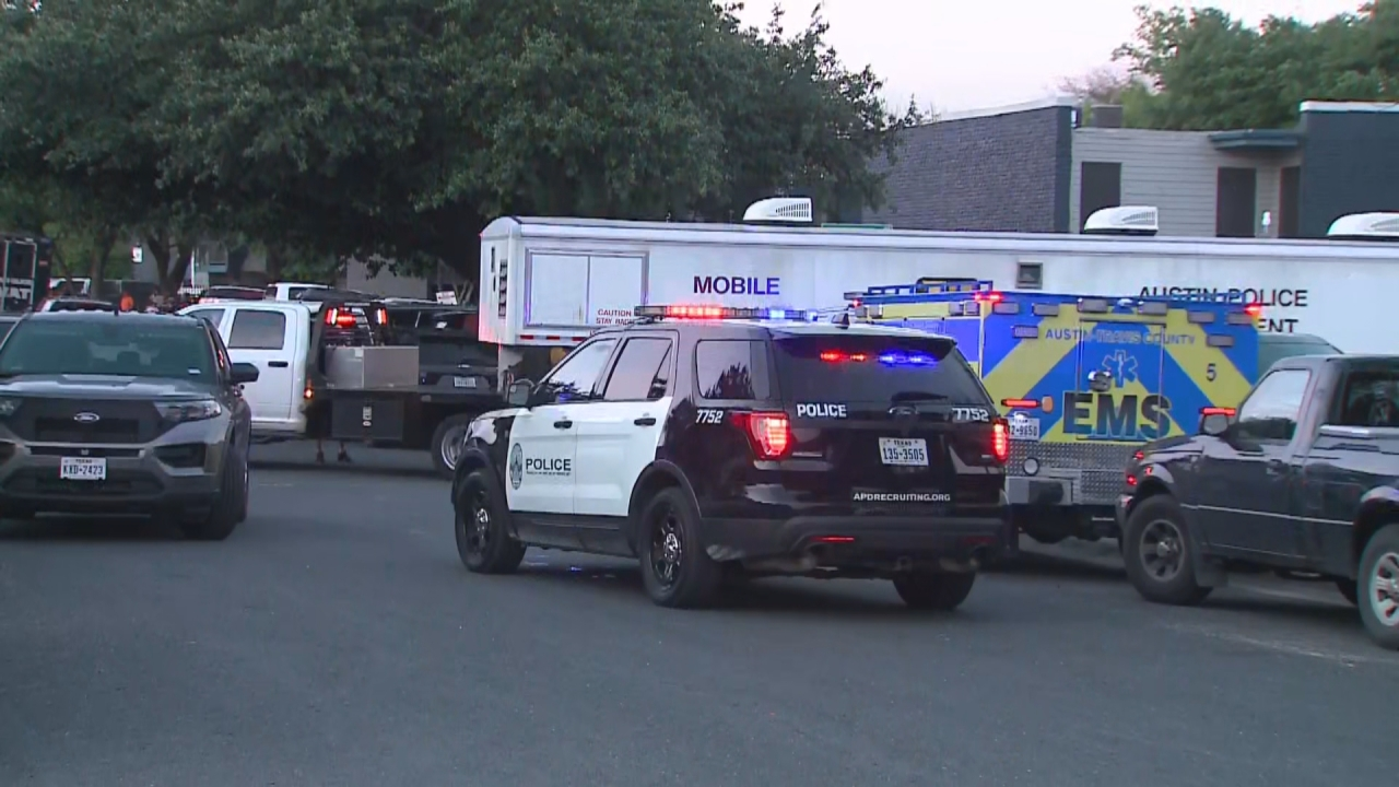 After 11 hours, SWAT standoff at north Austin apartment ends