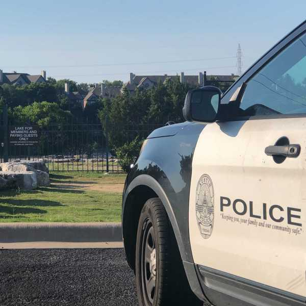 Rescue efforts turned into a recovery Thursday evening after reports that a paddleboarder fell into Quarry Lake and did not resurface (KXAN Photo/Ed Zavala)