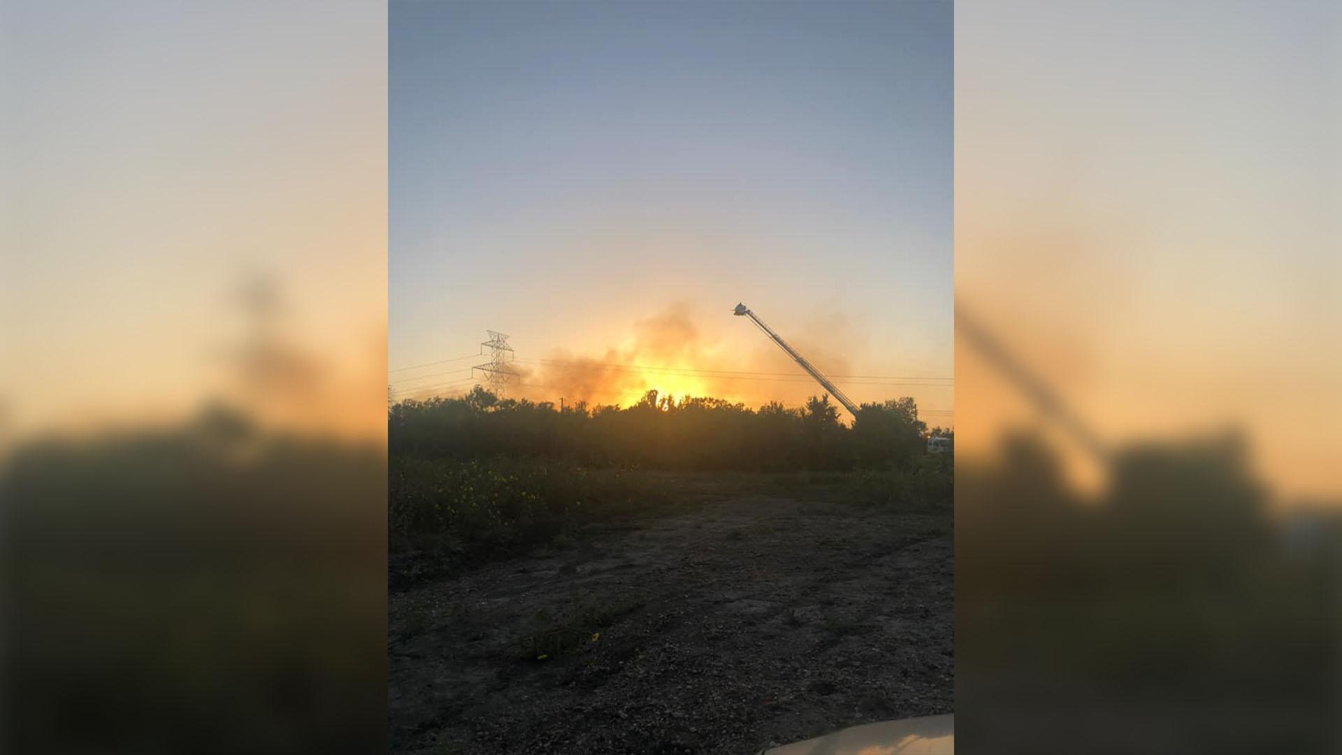 Fire off State Highway 21 in Bastrop County June 26, 2021 (Courtesy: Cyndi Boyd-Hebert)