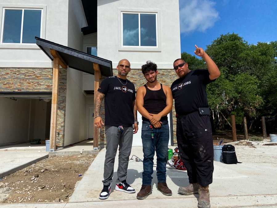 Jail to Jobs crew on worksite (KXAN Photo/Clare O'Connor)