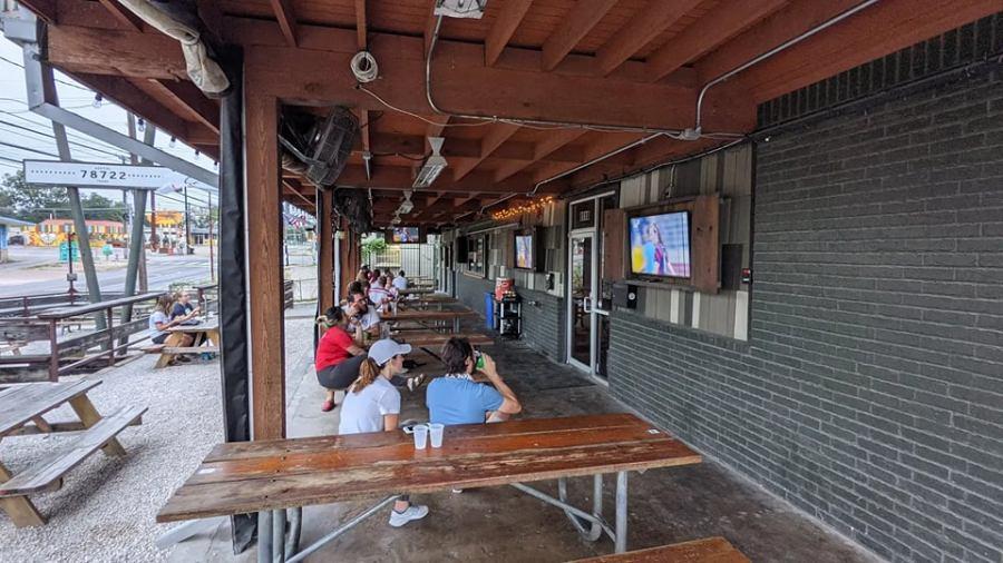 Austin folks gather to watch the Olympics