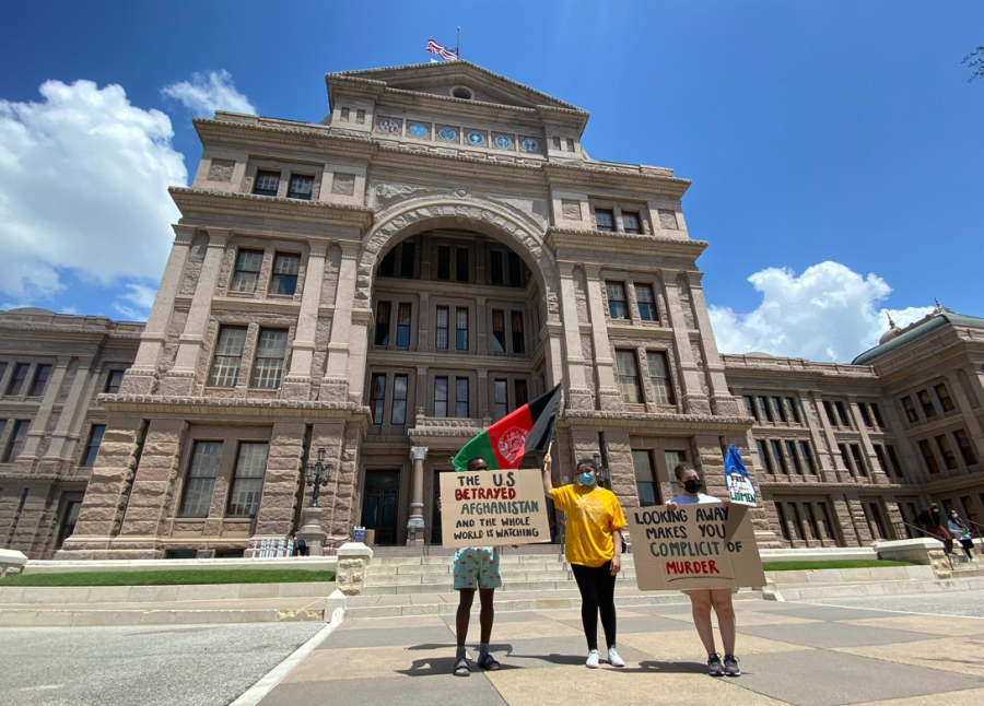 """""""Stand with Afghanistan"""" rally at Texas State Capitol steps"""