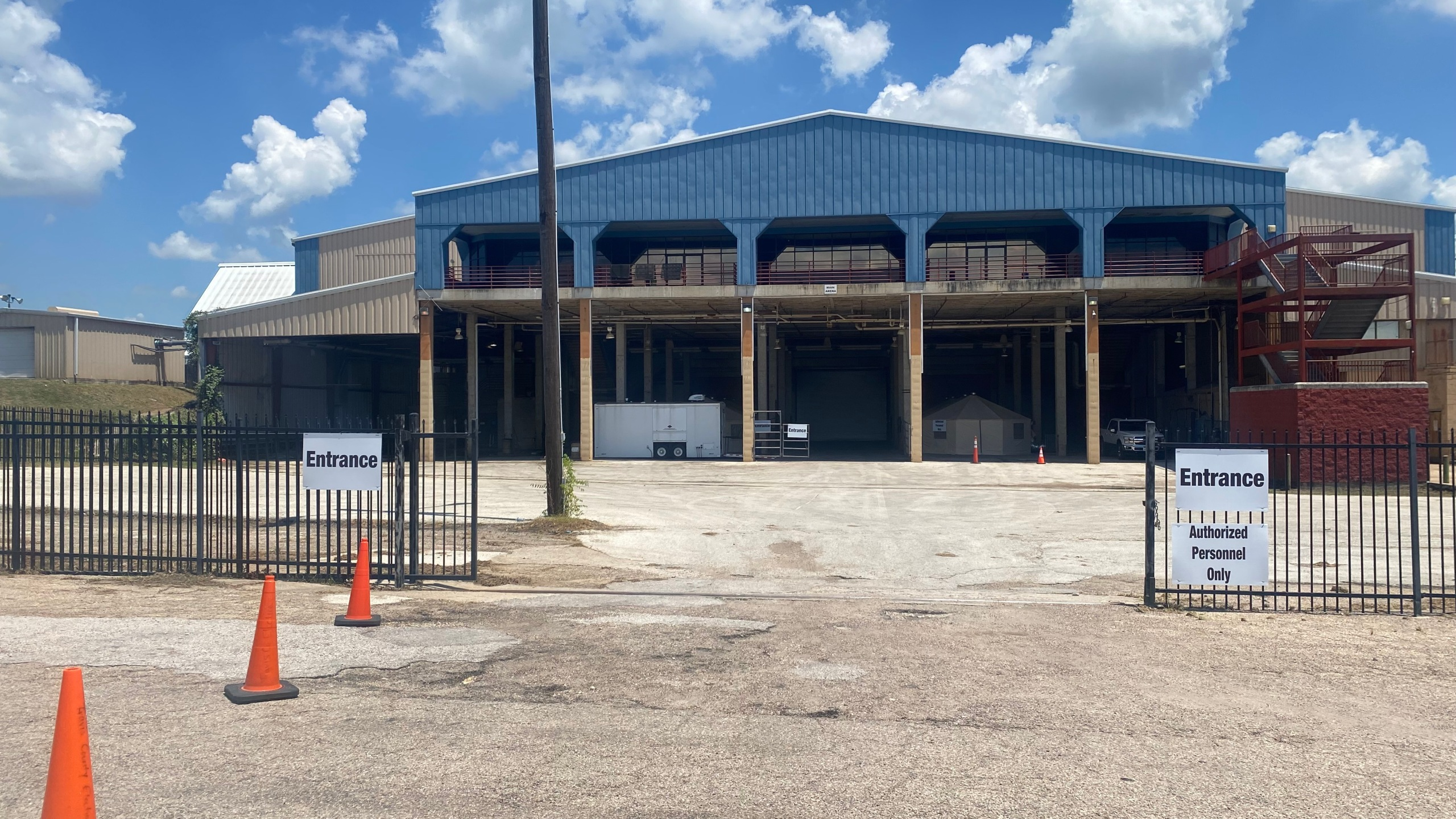 The Travis County Expo Center is now home to an antibody infusion center to help COVID-19 patients stay out o the hospital and avoid serious symptoms. (KXAN photo/Jacqulyn Powell)