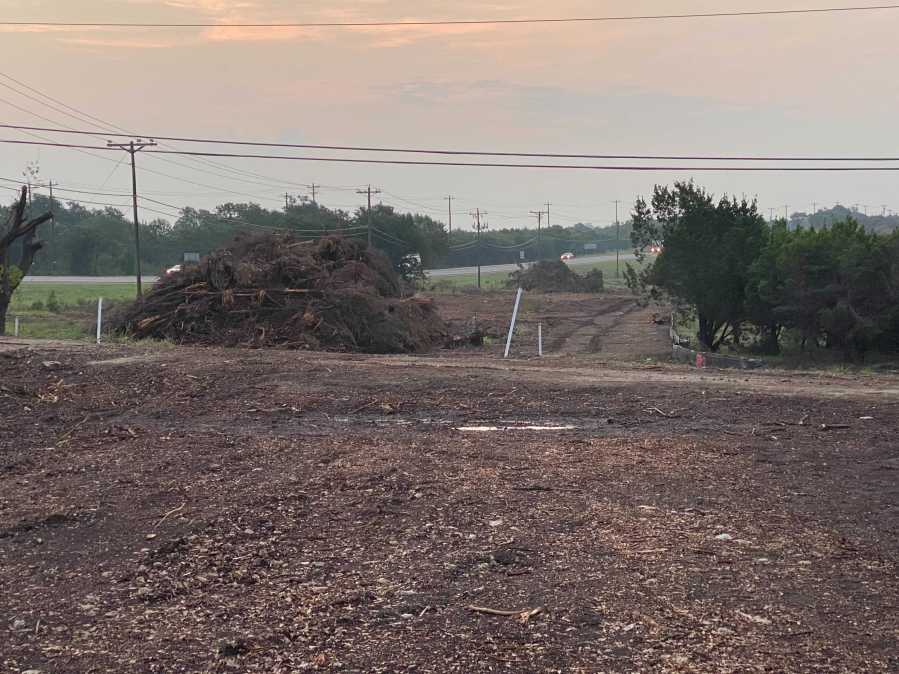 TxDOT crews have stopped work on the Oak Hill Parkway Project as an injunction was filed by groups raising environmental concerns. (KXAN photo/Nabil Remadna)