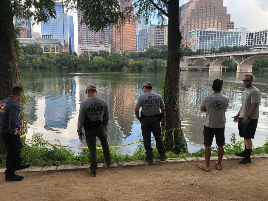 Crews are set to pull a car out of Lady Bird Lake that sunk in the lake early Friday morning. (KXAN photo/Julie Karam)