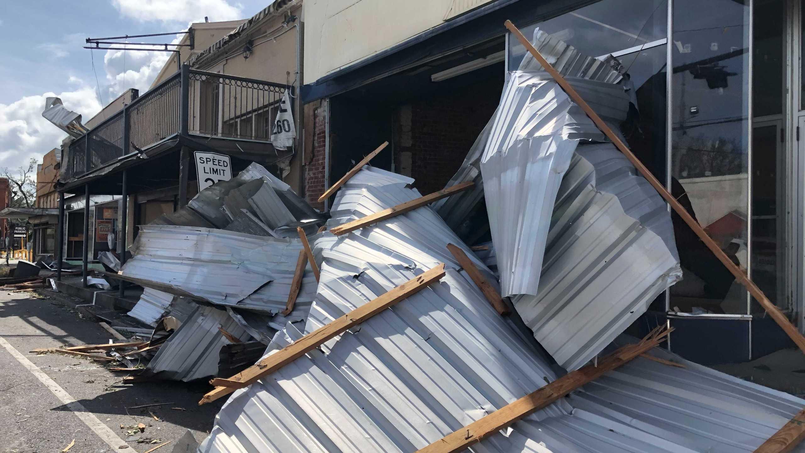 Damage in Houma, Louisiana after Hurricane Ida (KXAN Photo/David Yeomans)