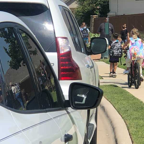 The first day of school at Rancho Sienna Elementary in Liberty Hill ISD (KXAN Photo/Frank Martinez)