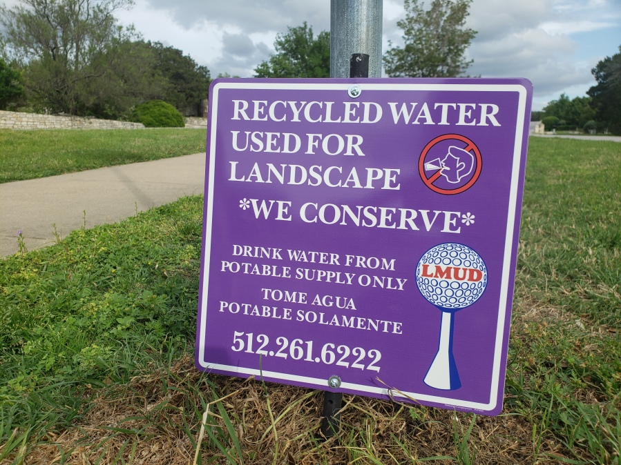 A sign indicating recycled water is used for landscaping in Lakeway (Courtesy Save Barton Creek Association)