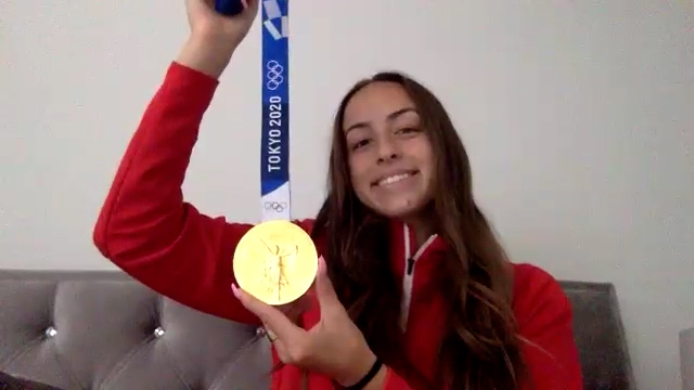 Julia Grosso with gold medal