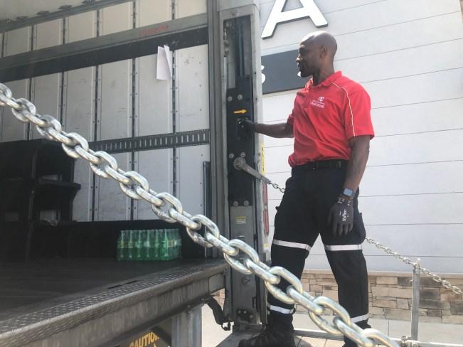 Kendrick Fulton at his job in Austin (KXAN Photo/Matt Grant)