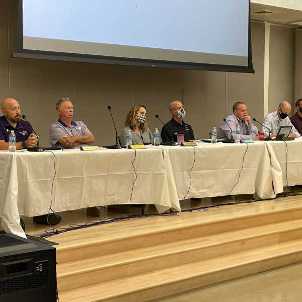 Board Trustees at Marble Falls ISD discuss the recent mask mandate.