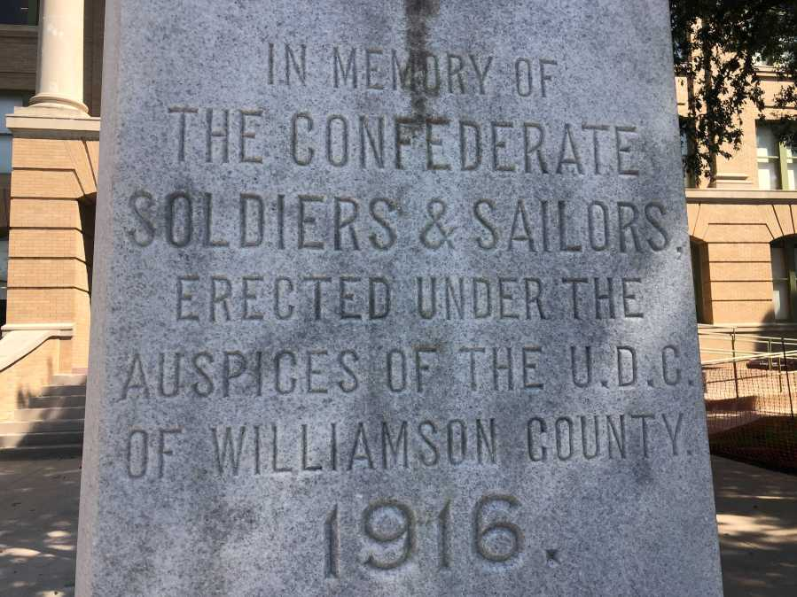 Confederate statue located outside of Georgetown courthouse. (KXAN Photo/Frank Martinez)