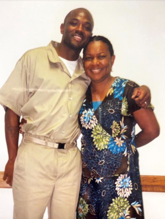 Kendrick Fulton and his mother, Lois Carey, in 2004. (Courtesy Kendrick Fulton)