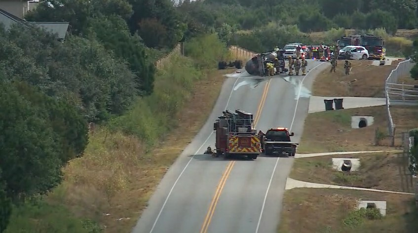 A truck leaking propane led to evacuation and shelter-in-place orders for some Lakeway residents Sept. 30, 2021. (KXAN)