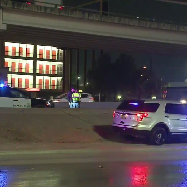 The I-35 northbound lower deck is closed due to a deadly wreck involving a pedestrian Wednesday. (KXAN photo/Julie Karam)