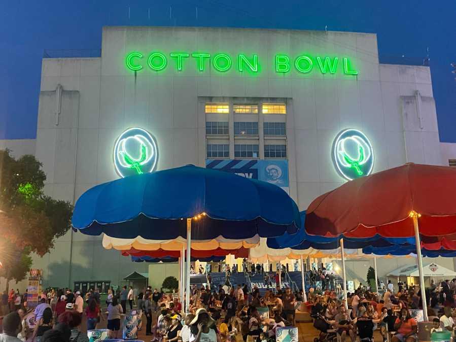 Cotton Bowl at night - Texas and Oklahoma