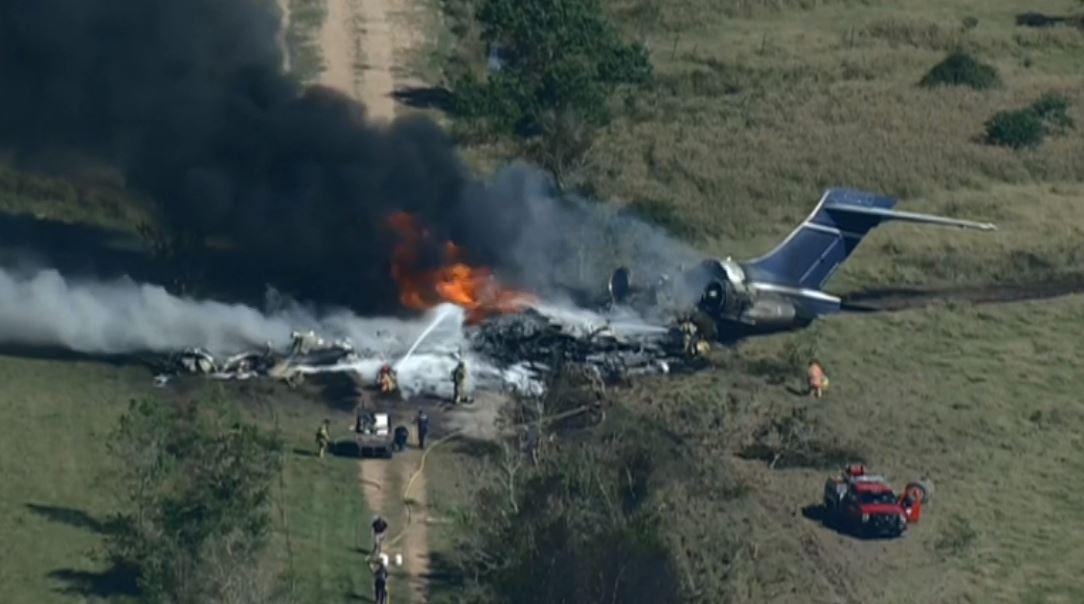 A plane crashed near Brookshire, Texas, Oct. 19, 2021 (KPRC Photo)